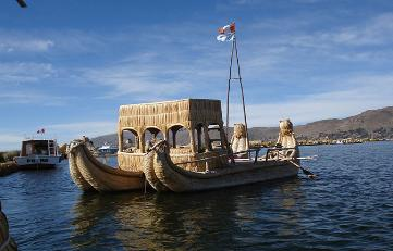 Sailing the Titicaca Lake: Adventure in Catamarán